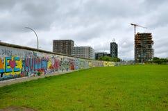 Berlin Wall (berlineren Mauer) i Tyskland Royaltyfri Fotografi