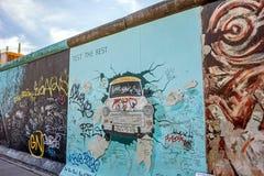 Berlin Wall - galerie de côté est, Berlin image libre de droits