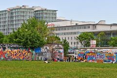 Berlin Wall with graffiti Stock Photos