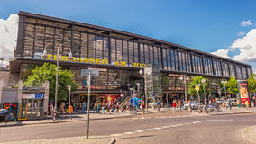 Berlin Zoologischer Garten järnvägsstation Arkivbild