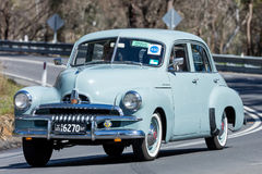 Berline 1954 de Holden FJ photographie stock libre de droits
