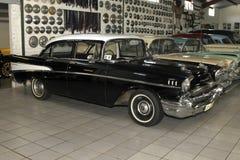 Berline 1957 de porte de Chevrolet Biscayne 4 de voiture de vintage Photographie stock libre de droits