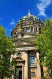 Berliner Dom-domkyrkakyrka i Berlin, Tyskland Arkivfoto