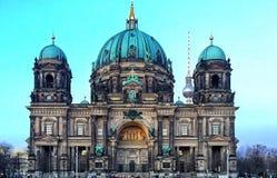 Berliner Dom-fasad Royaltyfri Bild