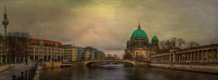 Berliner Dom Panorama Stock Foto's