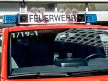 Berliner Feuerwehr-vrachtwagen van de brandweerkorpsdienst Stock Foto