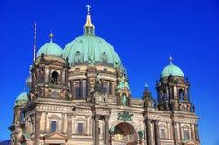 BerlinerDom, den berömda historiska domkyrkan av Berlin Arkivbilder