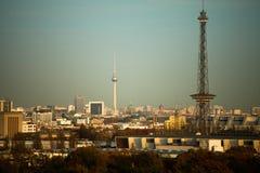 Berlino alla luce dorata di sera Fotografia Stock