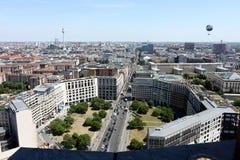 berlino 06/14/2018 Vista panoramica dalla cima di una torre di Potsdamer Platz immagini stock libere da diritti