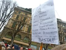 berlusconi对妇女的拒付集会 免版税库存图片