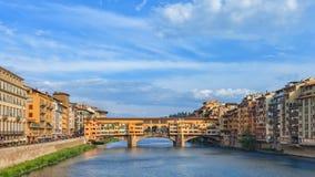 Berömd bro Ponte Vecchio, Florence, Italien Arkivfoto