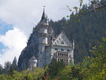 Berömd Neuschwanstein slott i Bayern, Tyskland Arkivfoton