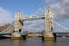 Berömd tornbro, London Royaltyfri Foto