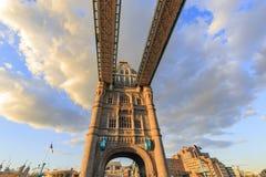 berömdt torn för bro Royaltyfri Bild