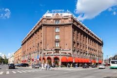 Berömt hotell Astoria som lokaliseras på helgonIsaacs fyrkant i St-husdjur Fotografering för Bildbyråer