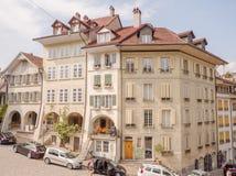 Bern, Швейцария - 6-ое августа 2018: Старые дома на улицах города Bern Швейцария стоковое фото