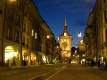 Bern-alte Stadt nachts 01, die Schweiz Lizenzfreie Stockfotos