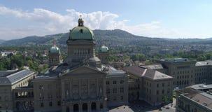 Bern Bundeshaus - 4K aéreo almacen de video