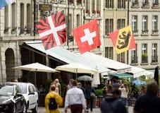Bern Szwajcaria, Czerwiec, - 04, 2017: Ludzie w starym centrum miasta Zdjęcia Royalty Free