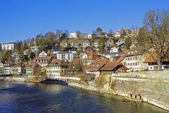 Bern vid den Aare floden, Schweiz Arkivfoto