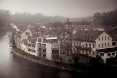 Bern-Winter übersehen Landschaft auf Aare-Fluss Lizenzfreies Stockfoto