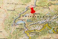 Bern, Zwitserland op een kaart van Europa wordt gespeld dat Stock Afbeeldingen