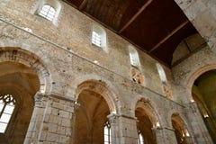 Bernay, Francia - 11 agosto 2016: chiesa abbaziale antica Fotografia Stock Libera da Diritti