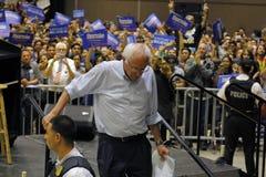 Bernie Sanders Mówją przy Prezydenckim wiecem, Modesto, CA Obraz Stock