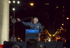 Bernie Sanders Rally - Washington Square Park Arkivbilder