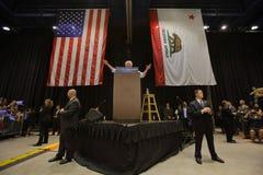 Bernie Sanders Speaks bij Presidentiële Verzameling, Modesto, CA Royalty-vrije Stock Foto's