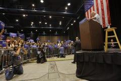 Bernie Sanders Speaks på presidents- samlar, Modesto, CA Royaltyfri Bild