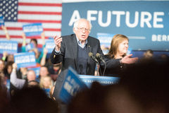 Bernie Sanders Super Tuesday Arkivfoton