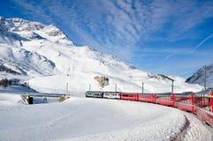 Bernina Uitdrukkelijk in wintertijd Stock Afbeeldingen