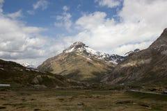 Berninaen passerar (el. 2328 M.) Schweiziska Alps Royaltyfria Foton