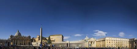 Bernini r för connade för panorama för Vaticanensan pietro rome conciliazione Royaltyfri Foto