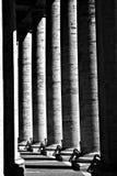 berninikolonner vatican Arkivfoto