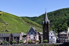 Bernkastel-Kues stad på Mosellen arkivfoto