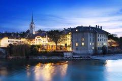 Bernstad vid natt Fotografering för Bildbyråer