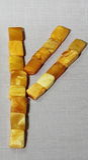 Bernsteinfarbiges Rune fehu ist ein Zeichen des Reichtums, Wohlstand Lizenzfreies Stockfoto