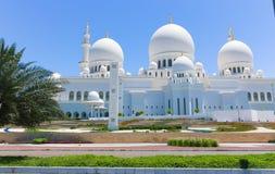 Beroemd Abu Dhabi Sheikh Zayed Mosque, de V.A.E Royalty-vrije Stock Foto's