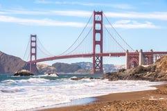 Beroemd Golden gate bridge van Baker Beach, San Francisco, Californië de V.S. royalty-vrije stock fotografie