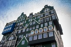Beroemd hotel in Zandaam stock afbeeldingen