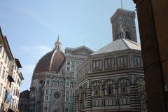 Beroemd monument in het vierkant van Duomo van Florence in Florence stock foto