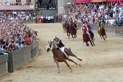 Beroemd paardenkoers` Palio Di Siena ` Royalty-vrije Stock Foto's