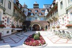 Beroemd vijfsterrenhotel - het hotel van Le Normandië Een traditionele architectuur van het gebouw Deauville, de afdeling van Cal Royalty-vrije Stock Foto