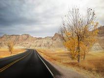 Beroemde Badlands-Lijnweg Stock Foto's