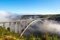 Beroemde brug op de tuinroute in Zuid-Afrika stock foto's