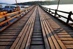 Beroemde houten Mon-brug Stock Afbeelding