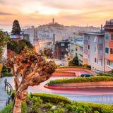 Beroemde Lombard Straat in San Francisco royalty-vrije stock afbeelding
