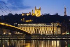 Beroemde mening van Saone-rivier in 's nachts Lyon Stock Afbeelding